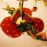 Sella d'Agnello con Pistacchi, Fave fresche, Verdurine, Marmellata di Limone e Origano