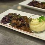 Civet de Sanglier  Mousseline de Panais, Chou rouge aux Marrons & sa Quenelle d'Airelles