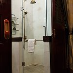 Shower - Songkhla Tae Raek Antique Hotel Photo