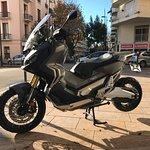 Honda X-ADV 750 cc, boite auto et séquentielle. Pour les initiés !!