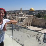 Join me for a rooftops tour of Jerusalem! View of the Western Wall (Kotel) and Temple Mount/ Dome of the Rock from the Jewish quarter.
