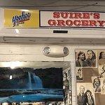 صورة فوتوغرافية لـ Suire's Grocery