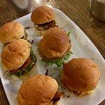ภาพถ่ายของ Downtown Burgers