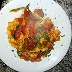 Tagliolini con gamberetti e zucchine