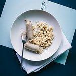 Signature Dish: Appenzeller Siedwurst und Chruutwurst von Urs Fuchs aus Grub AR und dazu Käsespätzli