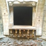 Jharokhas or view gallery in the well.
