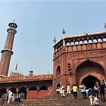 Situated near the very busy Chandni Chowk and bordered by a huge local (flea) market, the inside of this renowned mosque was surprisingly underwhelming.