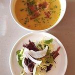 Foto de Tour de Feast Cafe