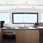 Kitchen (Salon)