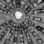 Entrata nello bunker antinucleare del ex regime comunista, convertito in museo in memoria delle 5500 vittime.