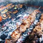 Блюда на мангале: шашлык, овощи гриль