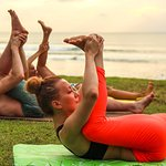 Йога-курсы и растяжка