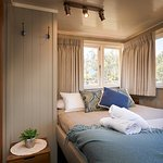 Emmylou Suite Queen Bed