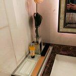 toilette, particolare
