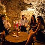 Grotto Tavern resmi