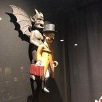 Devil's Museumの写真