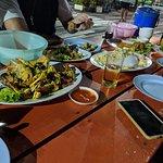 Фотография Laem Hin Seafood