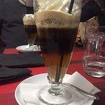 Araignée de bœuf Potée ardennaise et magret de canard sauce foie gras Un délice et servis avec le sourire de la «petite Cruche» 😉  Les belges 😜