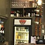 ภาพถ่ายของ WOW Cafe - American Grill & Wingery