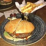 Moo Moo Steak and Burger Club Foto