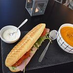 Panini with soup perfect for your lunch! Panini + zupa krem, idealne na Twój lunch!