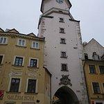 Foto di St. Michael's Tower & Street