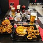 Bild från Lucky 7 Burgers & More