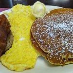 Foto de Sweet Lew's Cafe