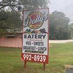 Photo de Dolly's Produce Patch