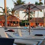 non preferred beach area with Barefoot Grill/Trattoria and excursion hut
