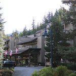 Tantalus Lodge