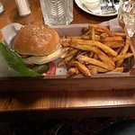 Supreme Burger Grill & Bar Foto