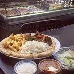 Naan, rice, chicken shish kebab, crispy fries delicious. 👌 📍Kebab Istanbul. #kebabistanbulhuddersfield #huddersfield #turkishkebab