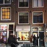 ภาพถ่ายของ VINNIES at Haarlemmerstraat (city center)