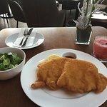 Foto Sky Cafe Bar Restaurant