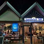Valokuva: Sandwich Me