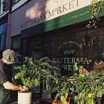 Please share our love for plants! We now stock House Plants for Sale at Battersea Market Café 巴特西