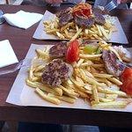 Foto de Tylixto Greek Wrap