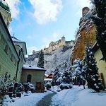 Наконец-то, выпал снег! И Зальцбург окутался белым! Добро пожаловать, Зима! *** Ваш гид в Зальцбурге - Андрей Зальпиус Заказ Экскурсий: +436509210242 ( Whatsapp / Viber )