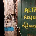 Φωτογραφία: Libreria Acqua Alta