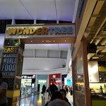 Heathrow Restaurant照片