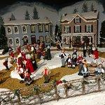 Bild från Byers' Choice Christmas Gallery