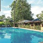 The Privilege Hotel Ezra Royal Garden