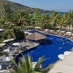 カマラ ビーチ ホテル & リゾート