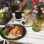 Foto de Alpaca Homestyle Cafe