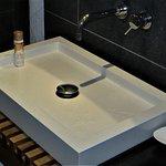 Shallow flat sink strange