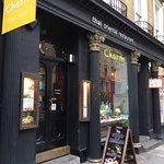 Foto de Charm Oriental Bar & Thai Restaurant