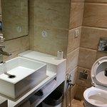 Handbasin and WC