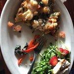 Foto de Breakers Restaurant & Bar