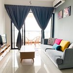 Seaview condominium. 5 stars living experience with affordable price. Whatsapp +601110737013 or survey here https://www.airbnb.com/rooms/30548298?guests=1&user_id=221702700&ref_device_id=37e40d28a4fdefdb